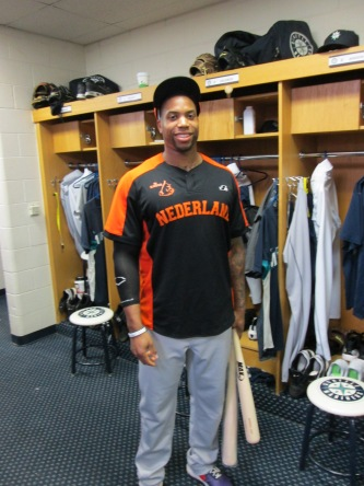 Mariners minor leaguer Kalian Sams in his Netherlands uniform.