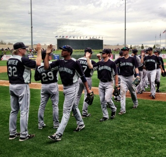The Mariners celebrating 9th straight Cactus League win.