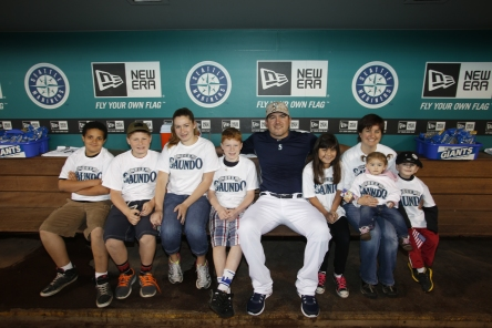 Joe Saunders' Team Saundo foundation hosts Seattle Children's Hospital patients and their families at Safeco Field.