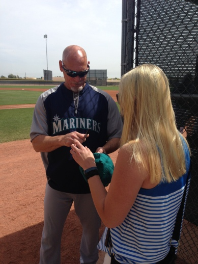 Jay Buhner surprised fans at a minor league game and signed autographs for all who asked.