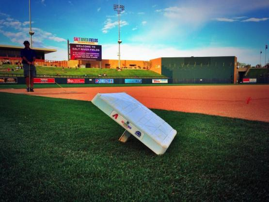 The Mariners visited the Rockies tonight at Salt River Fields at Talking Stick.