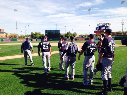 The Mariners celebrate another Cactus League victory.