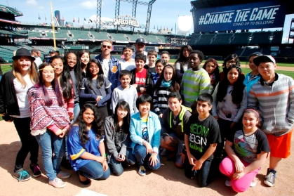 "Felix Hernandez and Macklemore joined with Highland Middle School students to send the message that ""together we can #ChangeTheGame."""