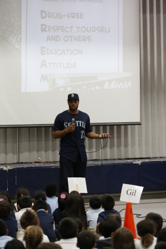 Robinson Cano talks to students at Hilltop Elementary in Burien about the importance of having a good attitude.
