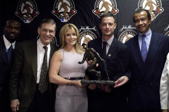 Moyer was the 2003 Roberto Clemente Award Winner.