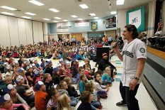 Danny Farquhar is a natural with the mic!