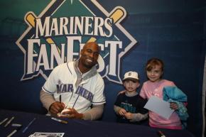 Austin Jackson signing autographs.