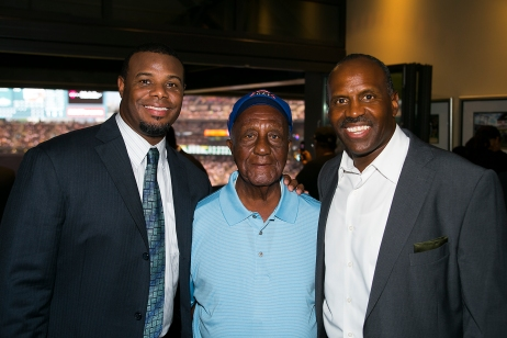 Herb Simpson with Mariners Hall of Famers Ken Griffey Jr. and Alvin Davis.