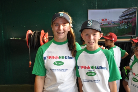 Haley Loffer and Trevor Cogley, both of Hayden, Idaho, represented the Mariners at the Pitch, Hit and Run National Finals in Cincinnati.