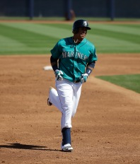 Seattle Mariners' Leonys Martin rounds the bases during a spring training baseball game against the San Francisco Giants Wednesday, March 16, 2016, in Peoria, Ariz. (AP Photo/Jae C. Hong)