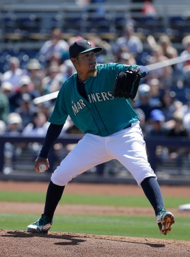 Seattle Mariners starting pitcher Felix Hernandez during a spring training baseball game against the San Diego Padres in Peoria, Ariz., Wednesday, March 30, 2016. (AP Photo/Jeff Chiu)