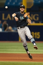 ST. PETERSBURG, FL - MAY 26: Chris Taylor #1 of the Seattle Mariners throws out Brandon Guyer #5 of the Tampa Bay Rays in the seventh inning on May 26, 2015 at Tropicana Field in St. Petersburg, Florida. (Photo by Cliff McBride/Getty Images) *** Local Caption ***Chris Taylor;Brandon Guyer