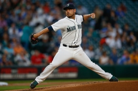 SEATTLE, WA - SEPTEMBER 09: Starting pitcher Vidal Nuno #38 of the Seattle Mariners pitches against the Texas Rangers in the first inning at Safeco Field on September 9, 2015 in Seattle, Washington. (Photo by Otto Greule Jr/Getty Images)
