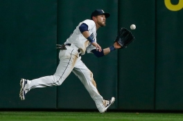 SEATTLE, WA - SEPTEMBER 14: Center fielder Shawn O'Malley #36 of the Seattle Mariners catches a fly ball off the bat of David Freese of the Los Angeles Angels of Anaheim in the fifth inning at Safeco Field on September 14, 2015 in Seattle, Washington. (Photo by Otto Greule Jr/Getty Images)