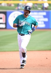 PEORIA, AZ - MARCH 02: Franklin Gutierrez #21 of the Seattle Mariners rounds the bases after hitting a fourth inning home run against the San Diego Padres at Peoria Stadium on March 2, 2016 in Peoria, Arizona. Mariners won 7-0. (Photo by Norm Hall/Getty Images)