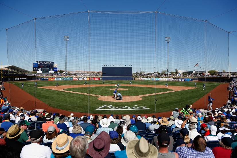 PEORIA, AZ - MARCH 10: General view of action between the Seattle Mariners and the Chicago Cubs during the spring training game at Peoria Stadium on March 10, 2016 in Peoria, Arizona. (Photo by Christian Petersen/Getty Images)