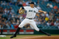 SEATTLE, WA - JULY 27: Starting pitcher Mike Montgomery #37 of the Seattle Mariners pitches in the first inning against the Arizona Diamondbacks at Safeco Field on July 27, 2015 in Seattle, Washington. (Photo by Otto Greule Jr/Getty Images)