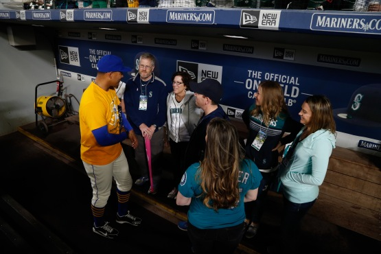 Honorary Bat Girl Betsy Haffner and her family spent some time pregame in the Mariners dugout with Taijuan Walker.