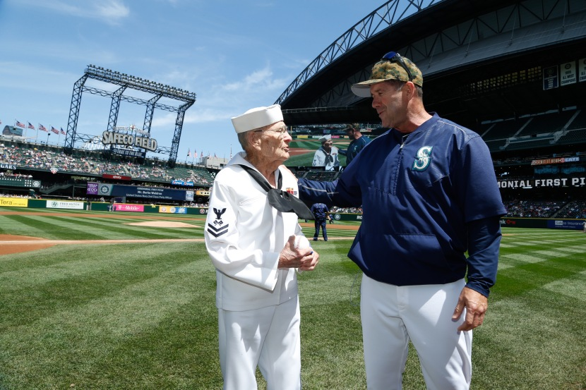 Mariners legend Edgar Martinez wanted to meet Burke Waldron, a 92-year old World War II veteran who threw out Monday's Ceremonial First Pitch at Safeco Field.